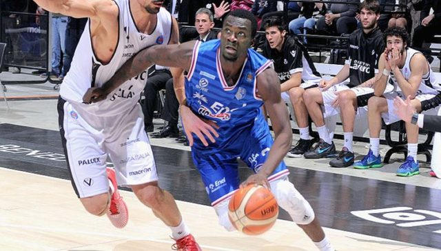 Durand Scott remplace Jalen Riley à Cholet Basket
